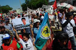 Peasants in Argentina protest the assassination of Cristian Ferreyra, 25 November 2011