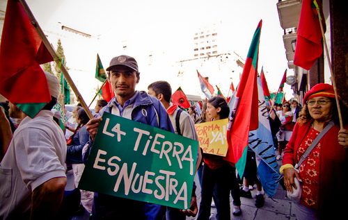 Land grabbing emerged as one of the most important barriers to the advancement of food sovereignty in Latin America & the Caribbean at a recent meeting of social movement organisations in advance of a major United Nations conference in Buenos Aires addressing agriculture and food security for the region.