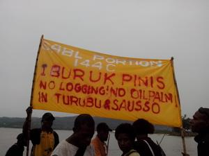 Banner protesting a land deal in East Sepik. (Photo: Eddie Tanago/Act Now PNG)