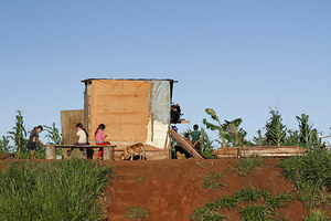 Roadside shacks of people whose land has been taken over for soy fields in Alto Parana, Paraguay (Photo: Glyn Thomas/FoE)